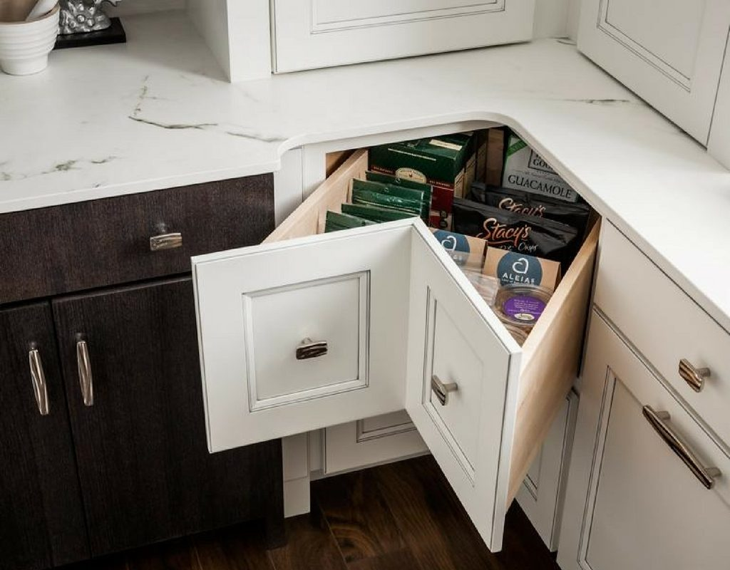 4 Brilliant Kitchen Remodel Ideas: Innovative Solutions: 4 Great Kitchen Corner Cabinet Ideas
