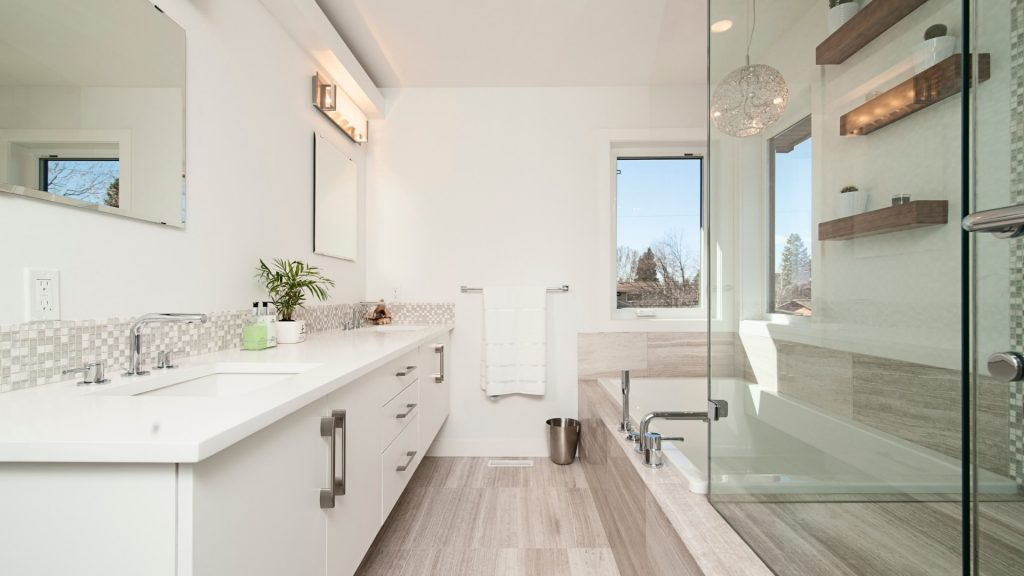 clean modern bathroom design