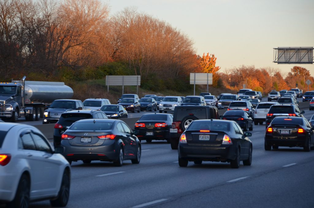 how to avoid traffic when moving to St. Louis