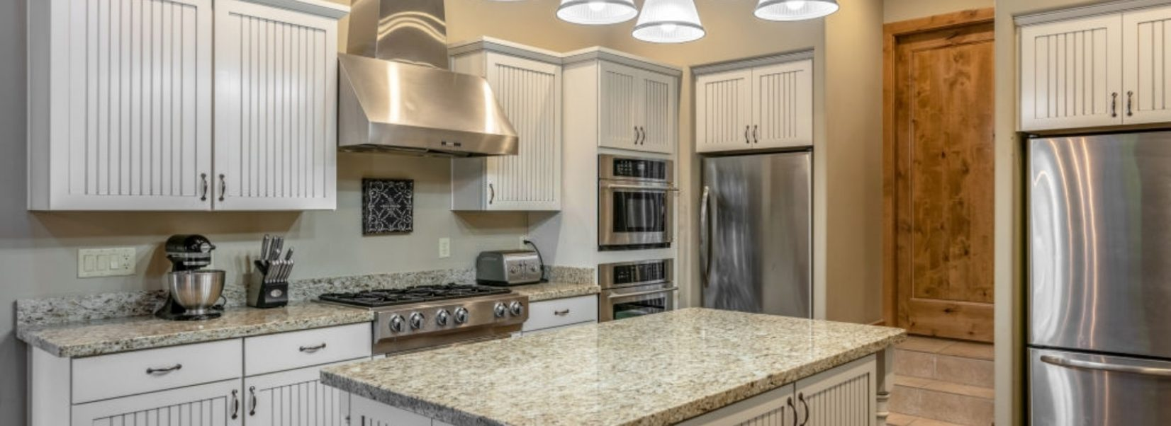 - The Pros And Cons Of The Four-Inch Backsplash
