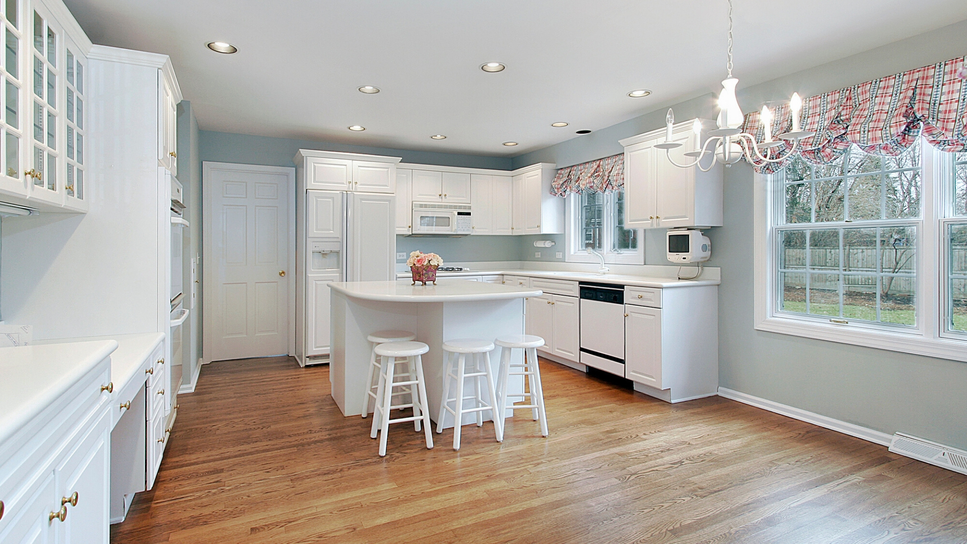 soffits in kitchen cabinets