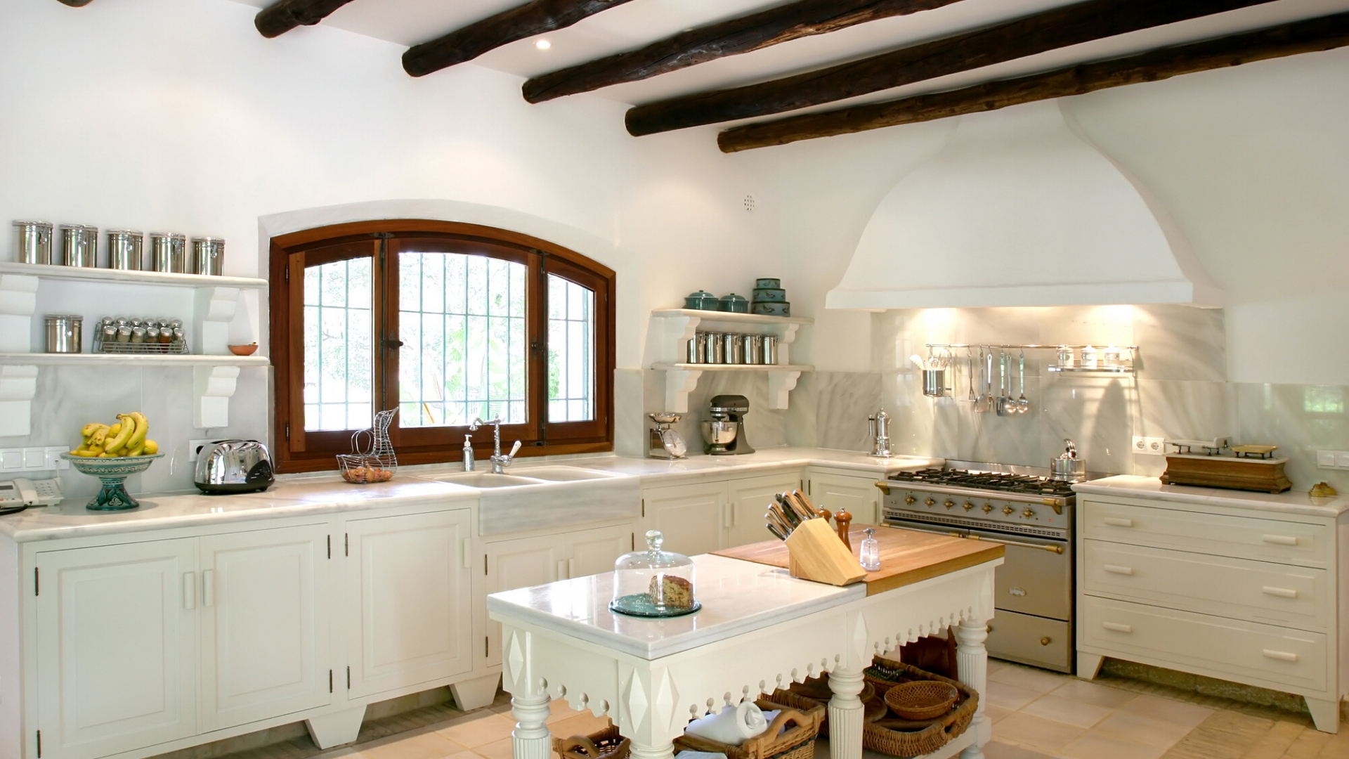 spanish style kitchen
